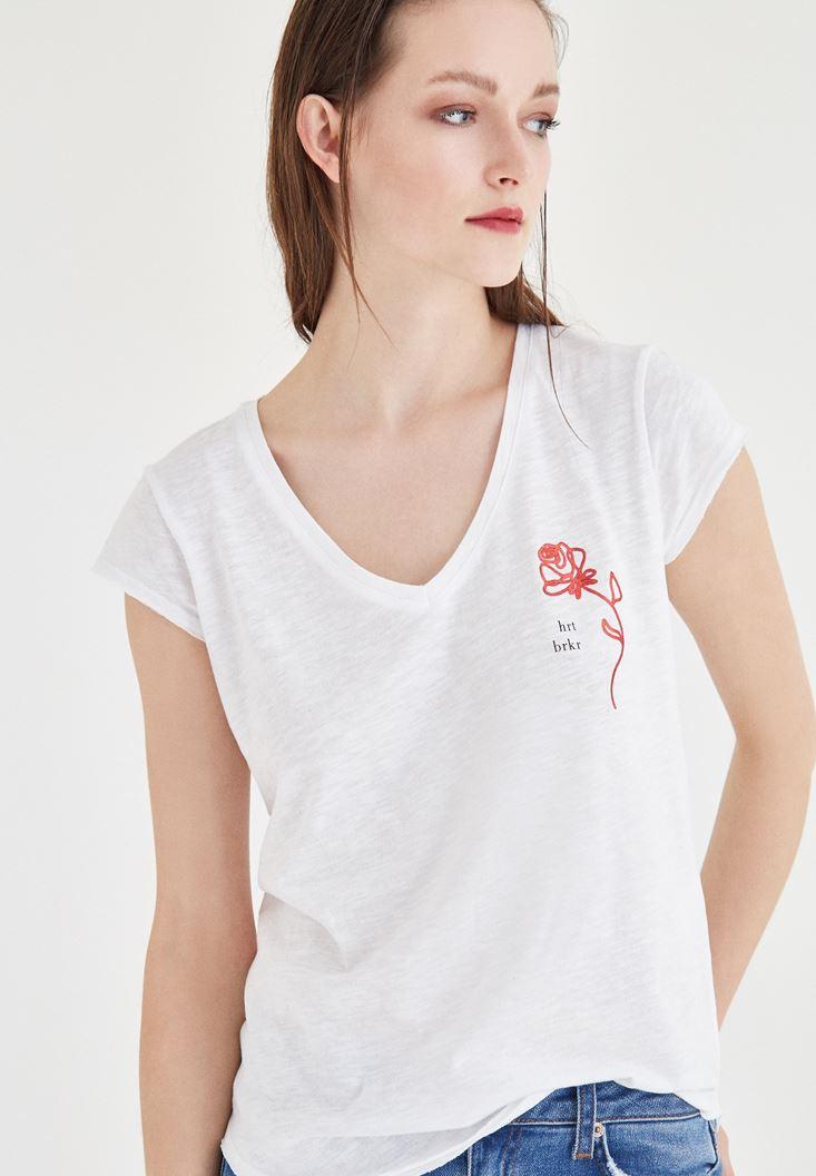 Beyaz Desenli V Yaka Tişört