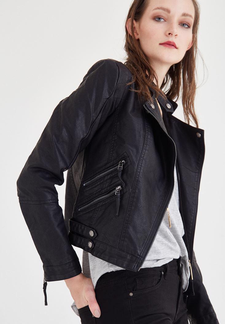 Bayan Siyah Deri Görünümlü Ceket