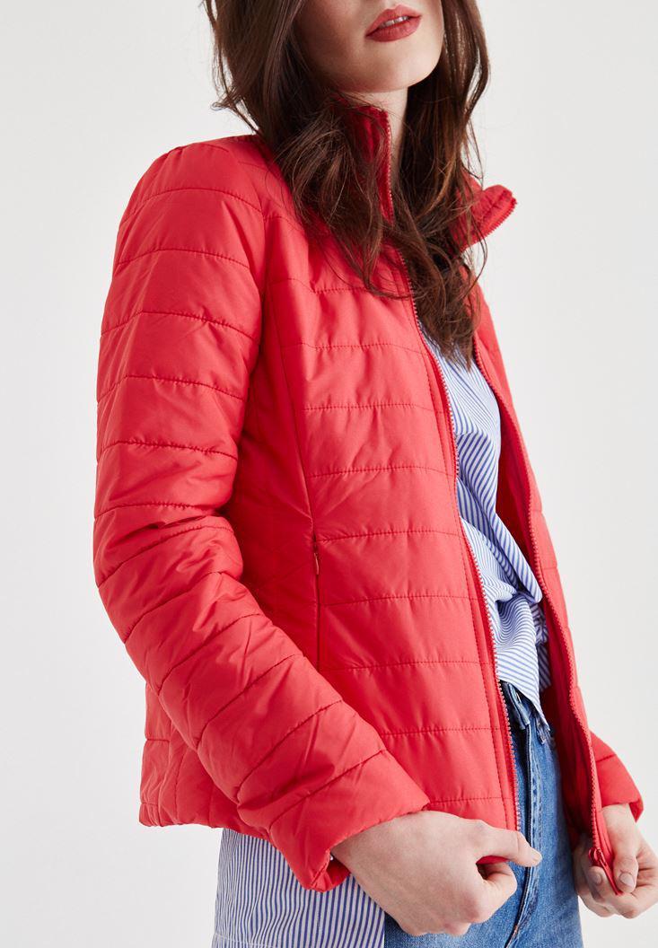 Bayan Kırmızı Mevsimlik İnce Mont