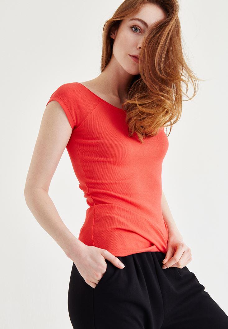 Bayan Kırmızı Bot Yaka Kaşkorse Tişört