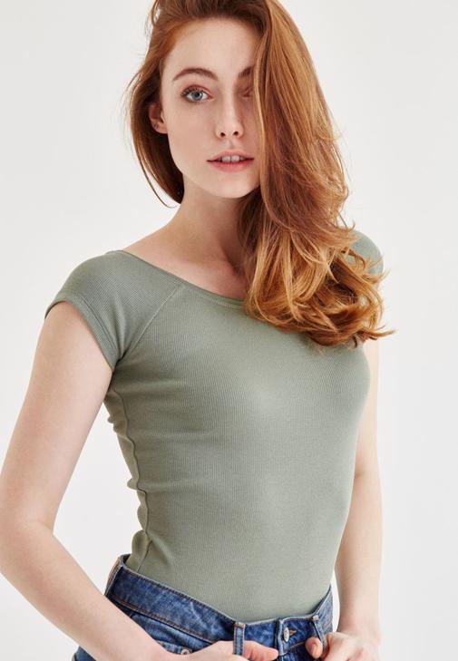 Yeşil Bot Yaka Kaşkorse Tişört