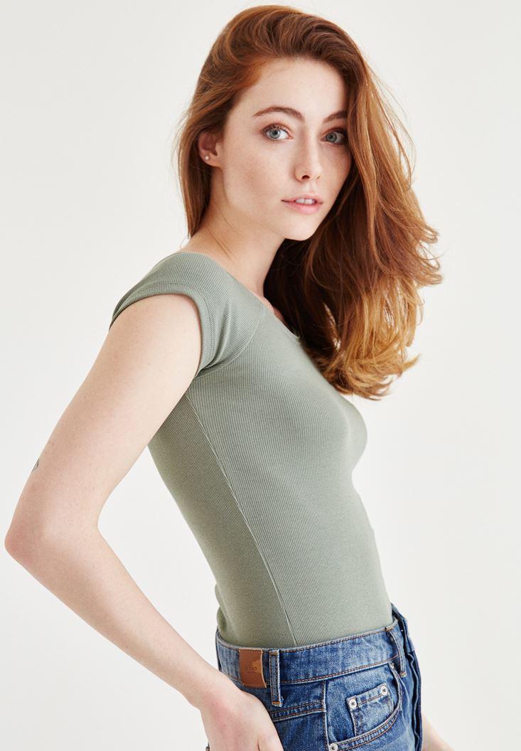 Bayan Yeşil Bot Yaka Kaşkorse Tişört