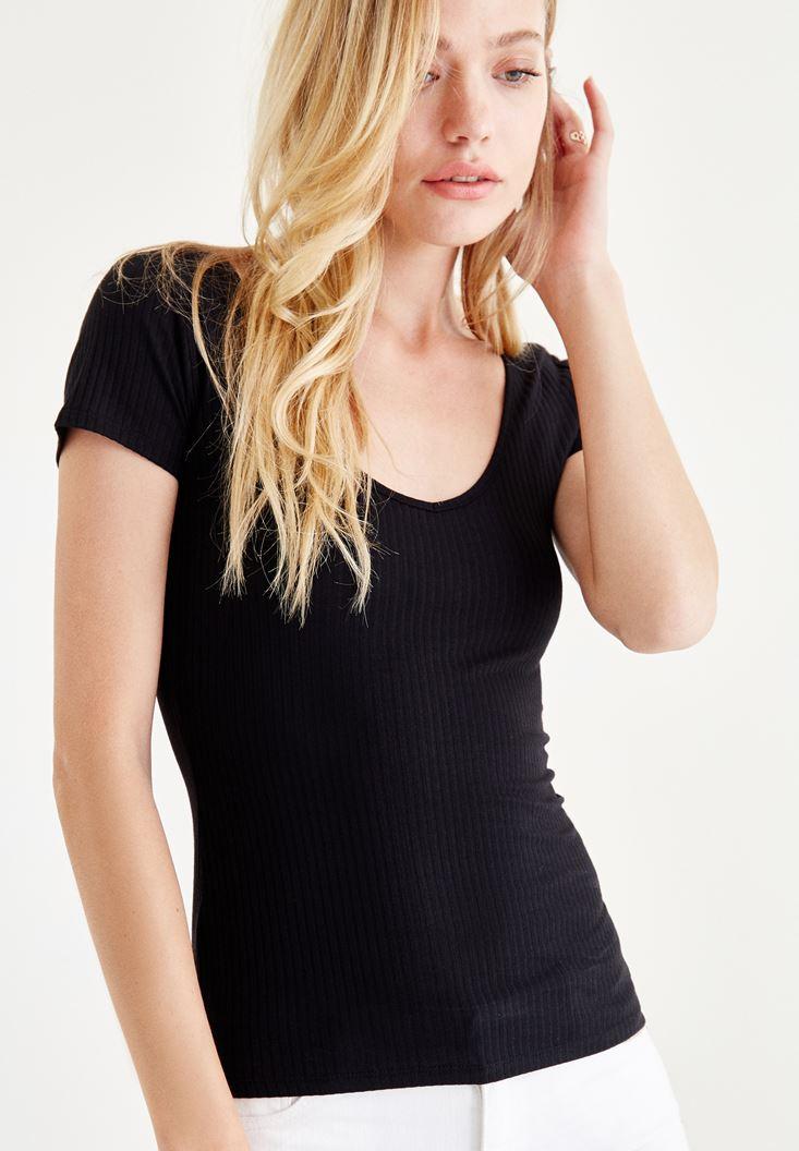 Siyah Yarım Kollu Tişört