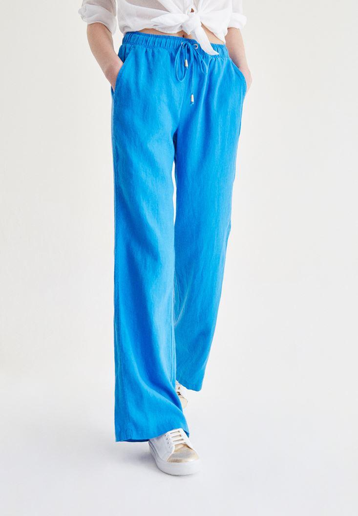 Mavi Bağcık Detaylı Pantolon