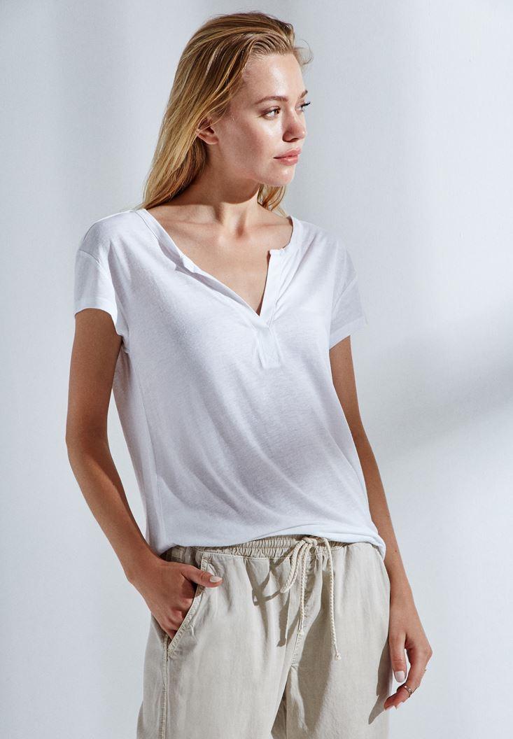 Beyaz Yarım Kollu Tişört