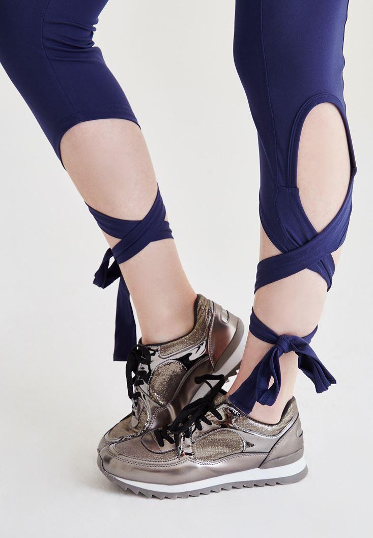 Gri Metalik Görünümlü Spor Ayakkabı