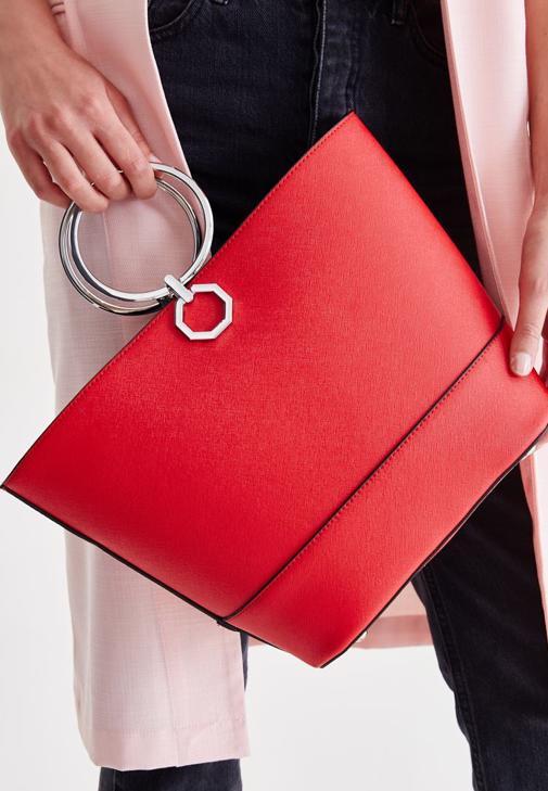 Kırmızı Halka Detaylı Çanta