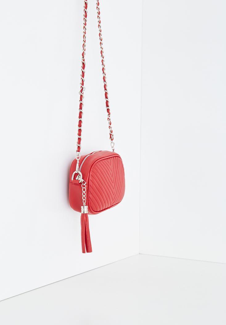 Kırmızı Püskül Detaylı Askılı Çanta