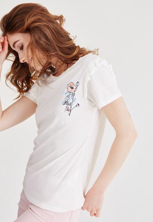 Krem Çiçek Nakışlı Kısa Kollu Tişört