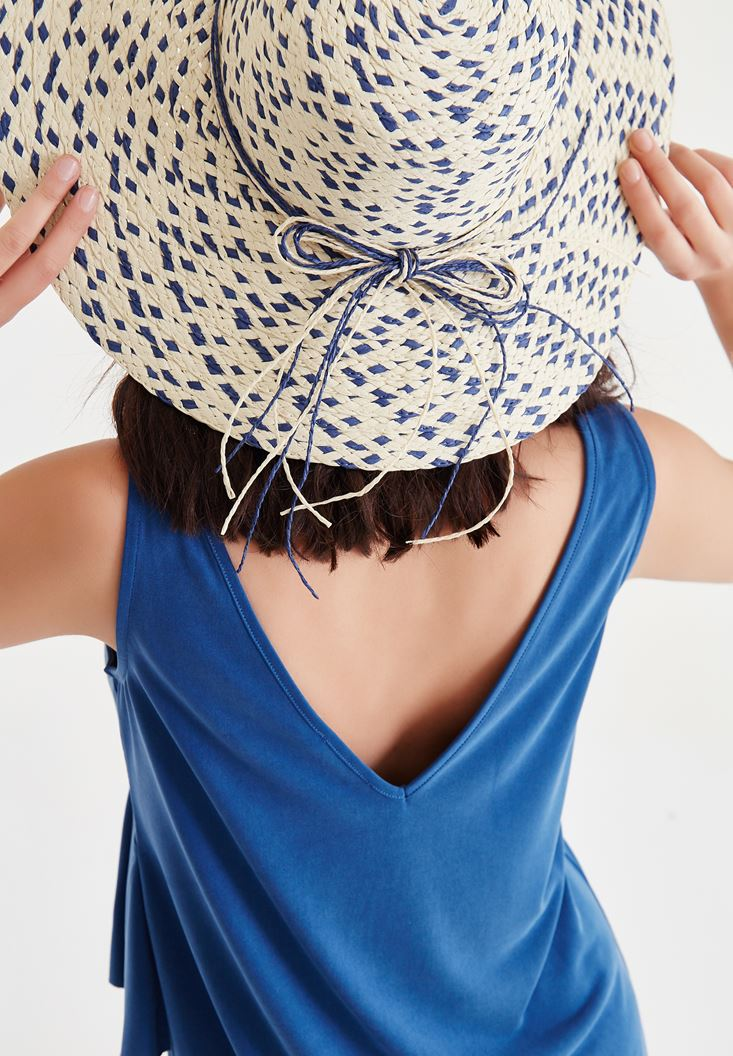Blue Straw Hat With Thread Detailed