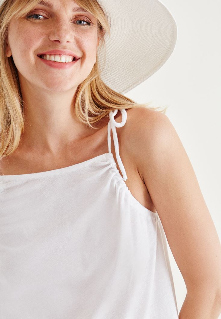 Bayan Beyaz Askılı Bluz
