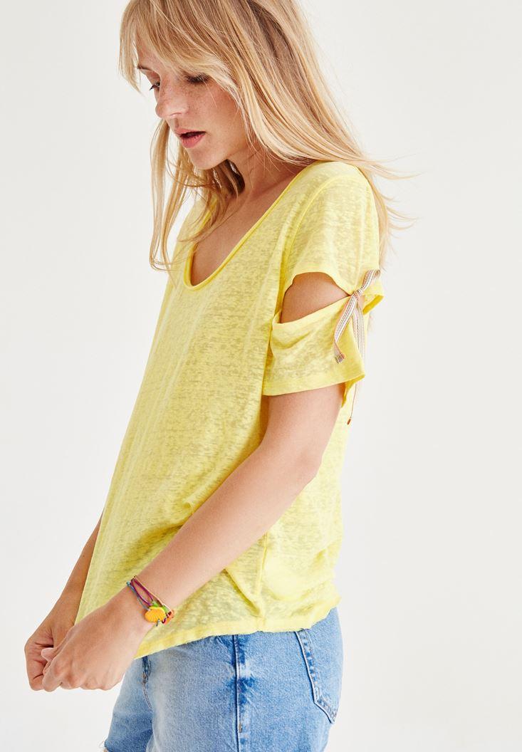 Sarı Bağlama Detaylı Tişört