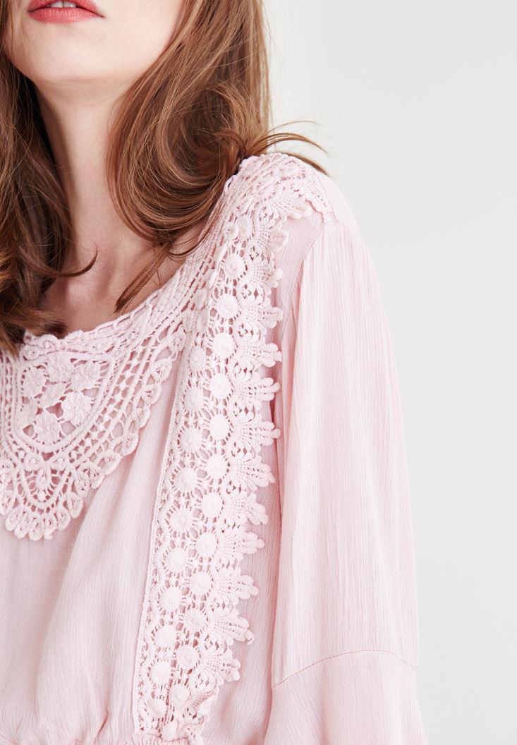 Bayan Pembe Dantel İşlemeli Crop Bluz