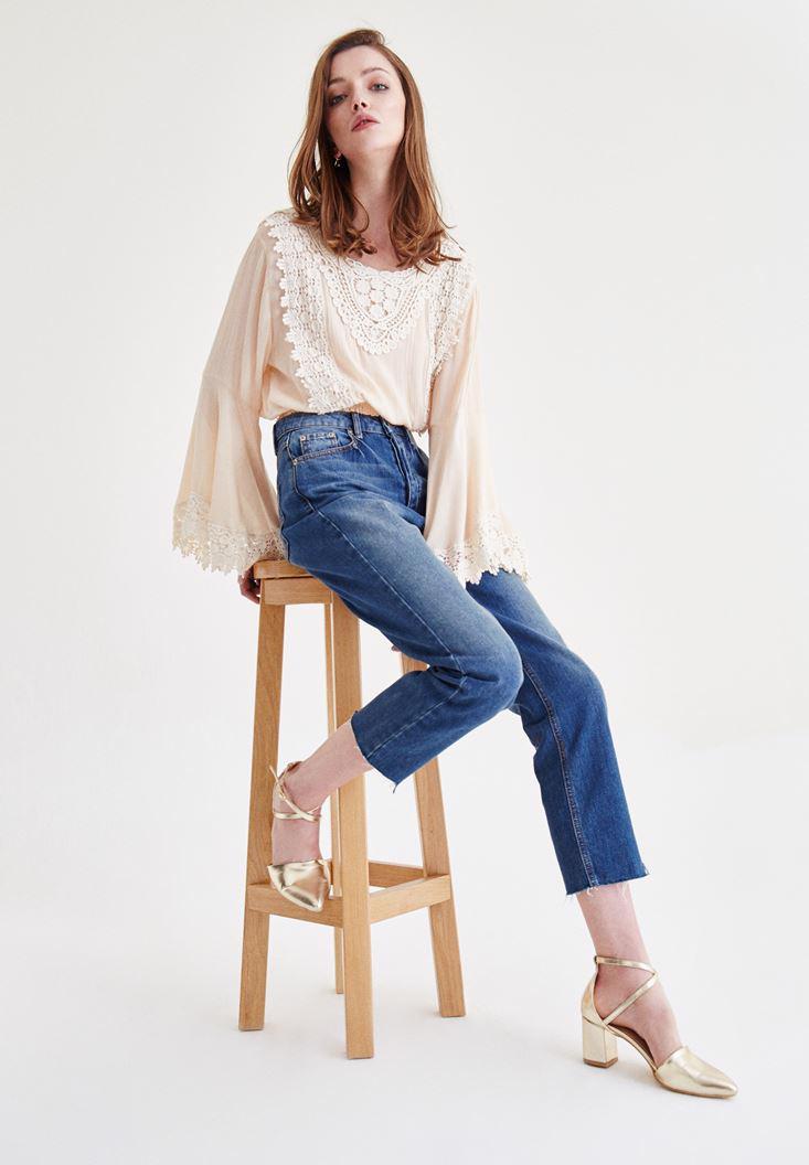 Bayan Krem Dantel İşlemeli Crop Bluz