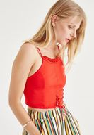 Bayan Kırmızı Fırfırlı Kısa Bluz