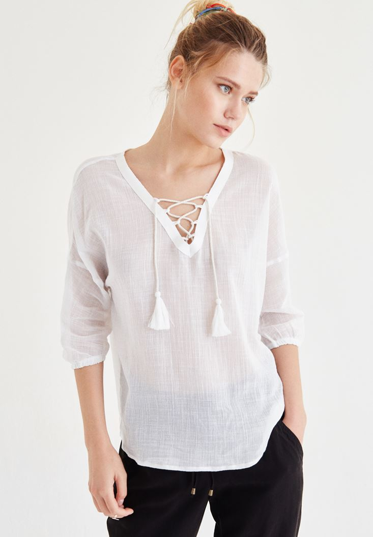 Bayan Beyaz Yakası İp Detaylı Bluz