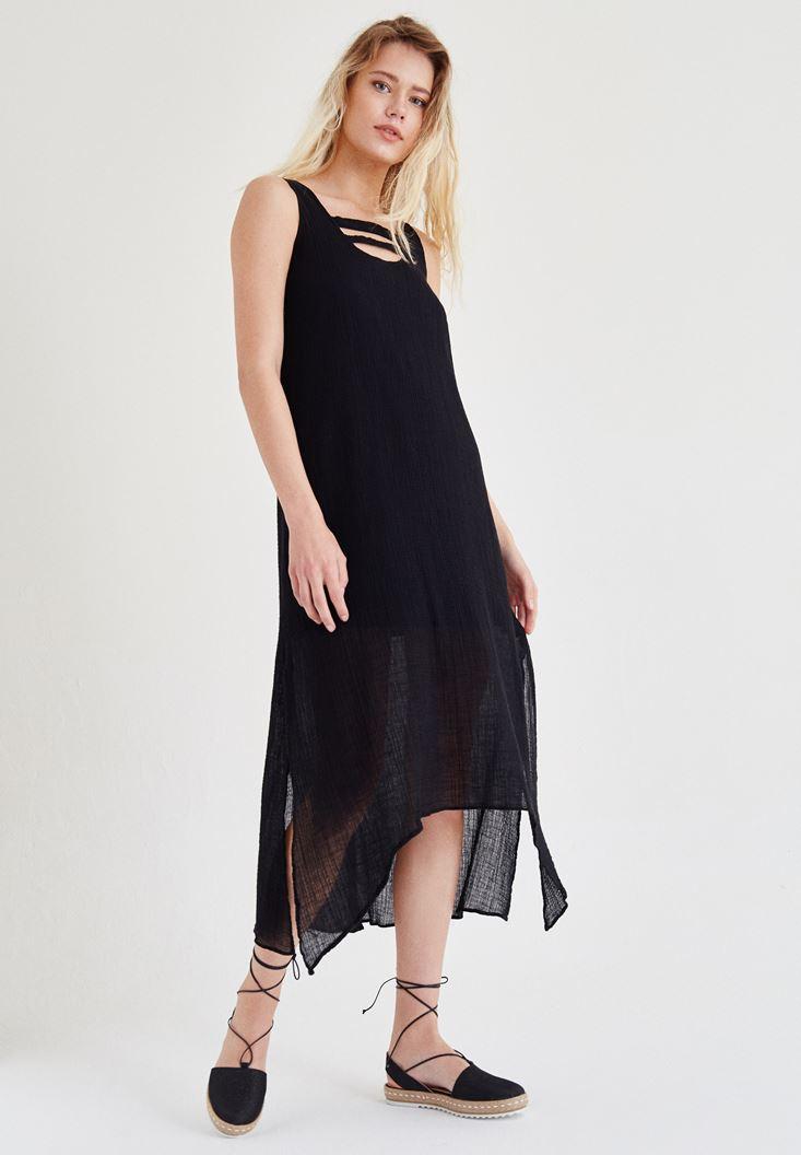 Siyah Yaka Detaylı Keten Elbise