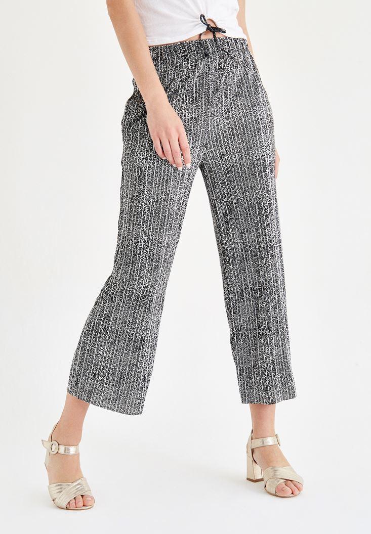 Bayan Siyah Kısa Paça Bol Pantolon