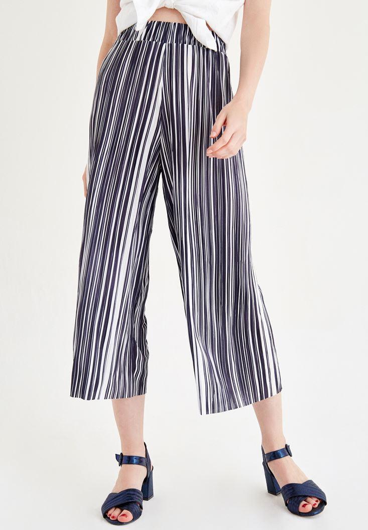Beyaz Çizgili Bol Pantolon