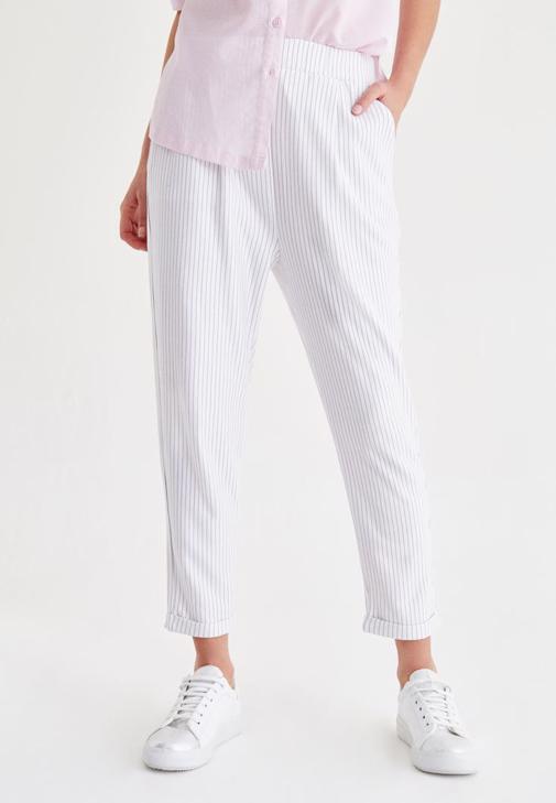 Çok Renkli Kısa Paça Çizgili Pantolon