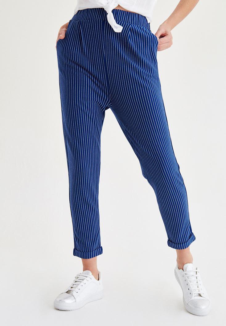 Kısa Paça Çizgili Pantolon