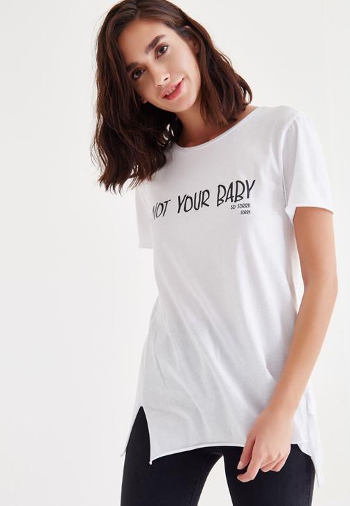 Beyaz Sloganlı Tişört