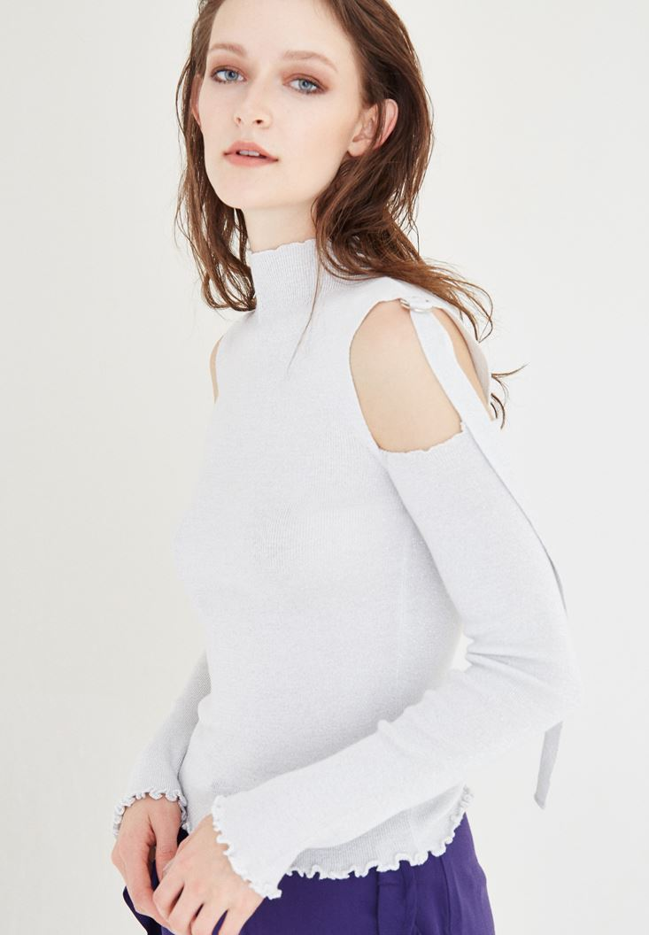 White Shoulder Detailed Pullover
