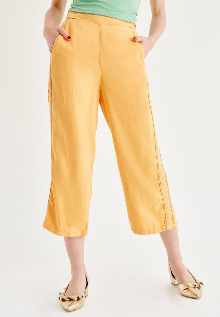 Turuncu İşlemeli Bol Pantolon