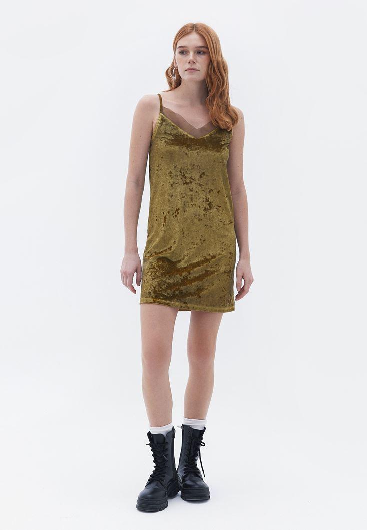 Yeşil İnce Askılı Kadife Elbise