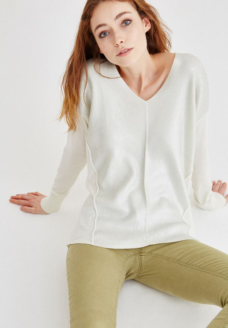 Cream Silvery Detailed Pullover