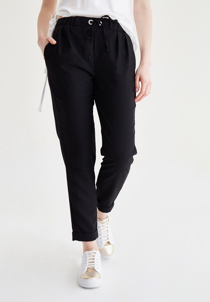 Bayan Siyah Bağcık Detaylı Havuç Pantolon