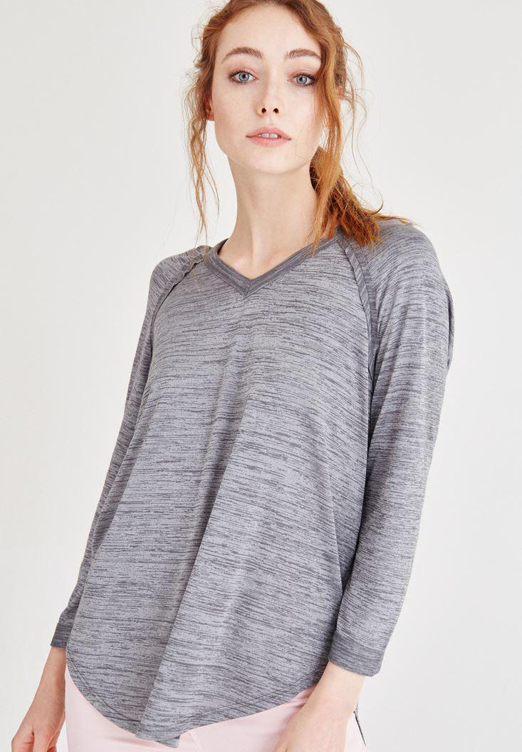 Bayan Gri Kapüşonlu Dökümlü Tişört