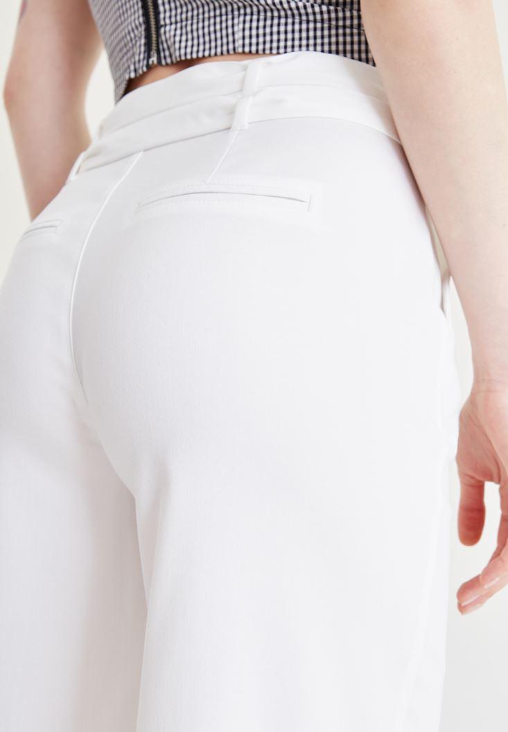 Bayan Beyaz Kemer Detaylı Culotte Pantolon
