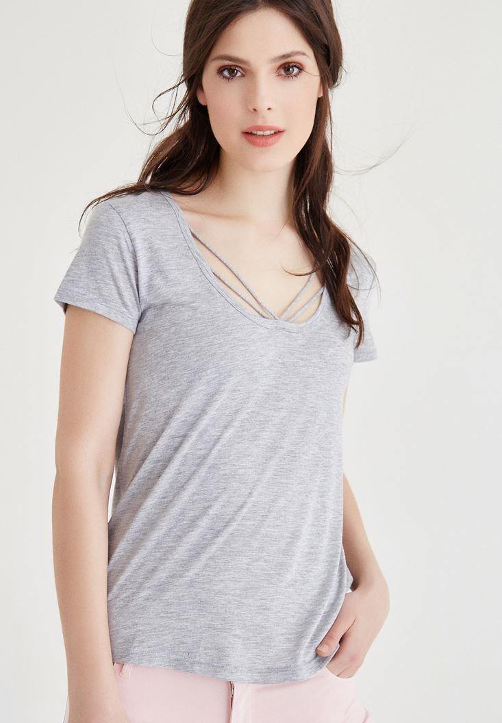 Gri Simli Biye Detaylı Tişört