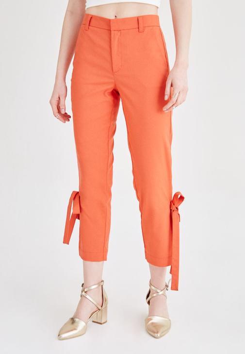 Turuncu Yüksek Bel Yırtmaç Detaylı Pantolon