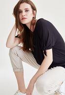 Bayan Siyah Kol Detaylı Bluz