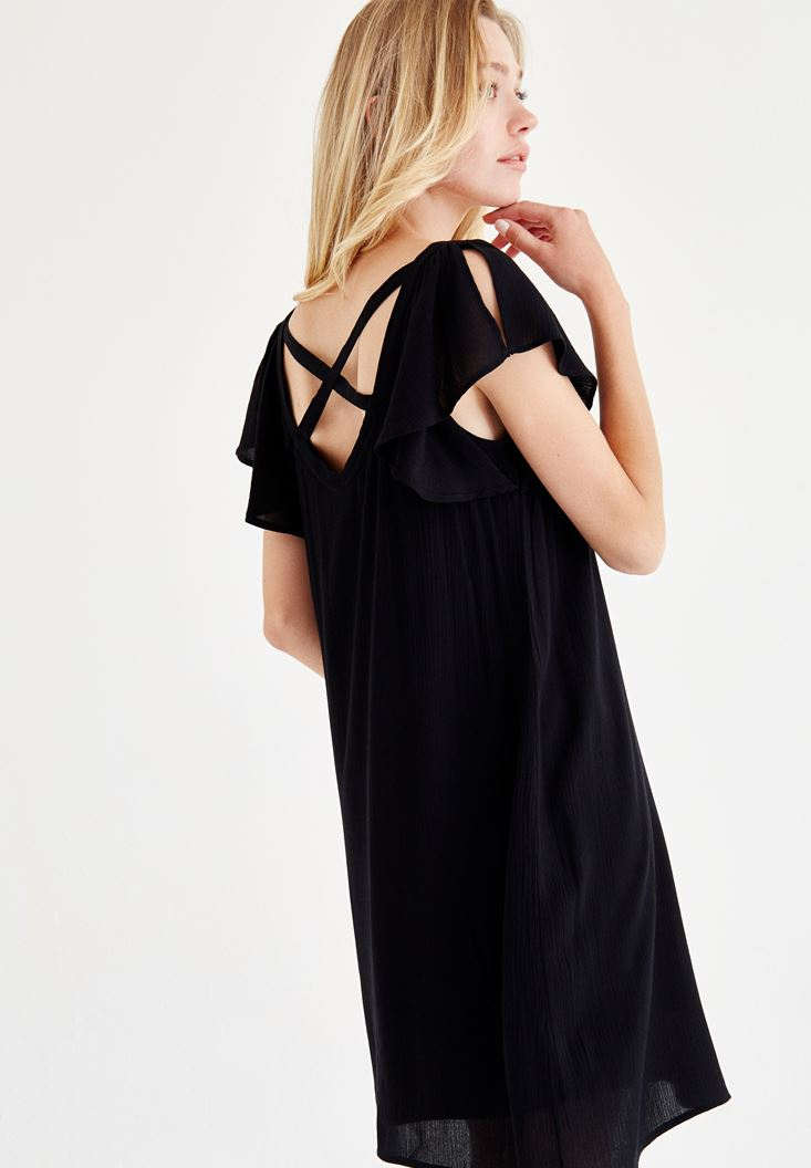Siyah Sırt Detaylı Elbise