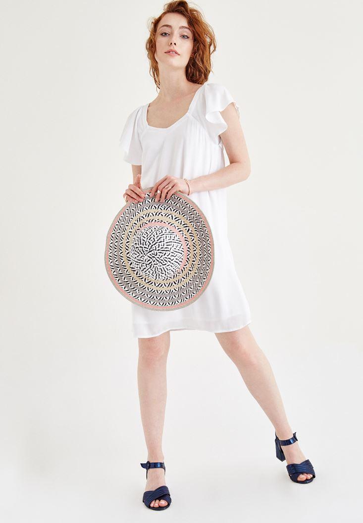 Beyaz Sırt Detaylı Elbise