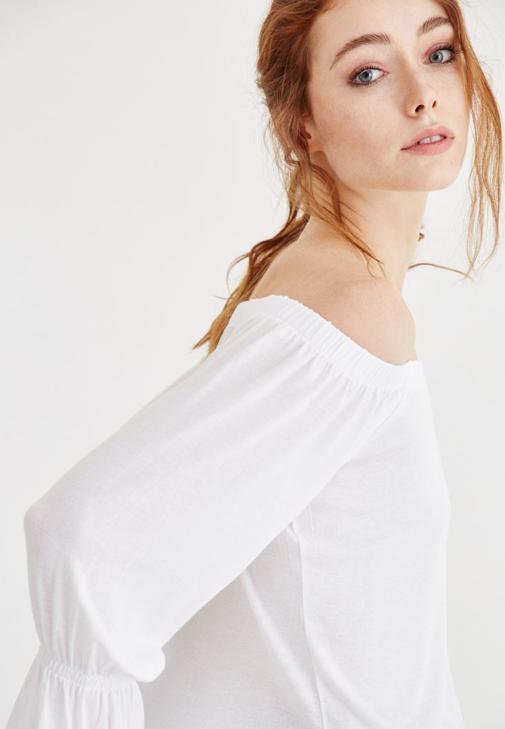 Beyaz Bardot Yaka Lastikli Bluz