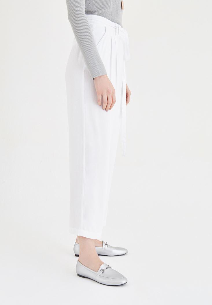 Bayan Beyaz Bol Kesim Pantolon