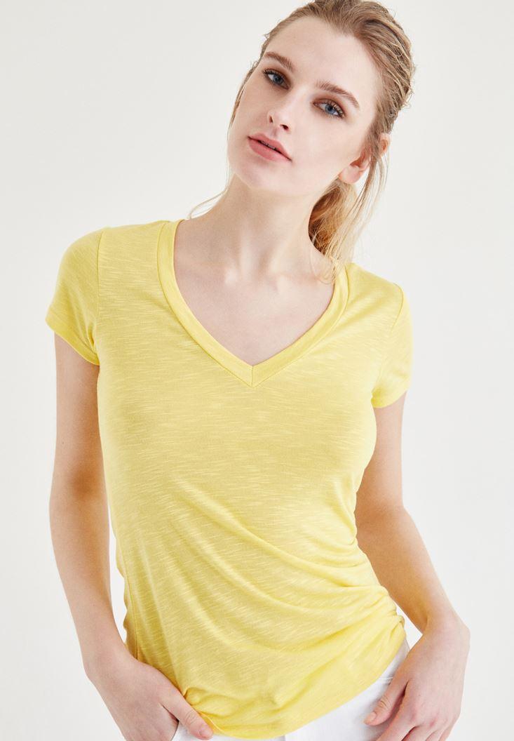 Sarı V Yaka Tişört