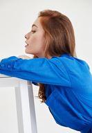 Bayan Mavi Kemer Detaylı Uzun Gömlek