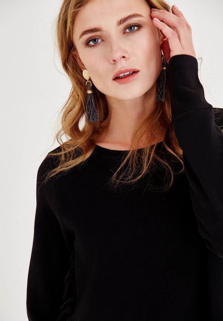Bayan Siyah Yanları Fırfır Detaylı Tişört