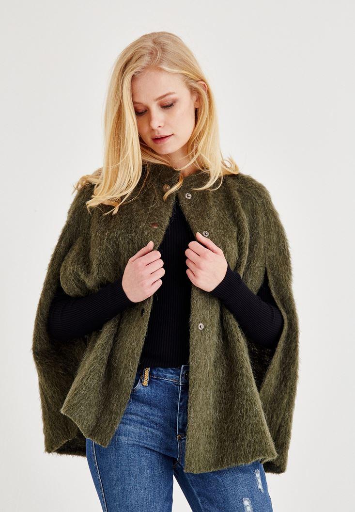 Yeşil Kol Detaylı Yün Ceket