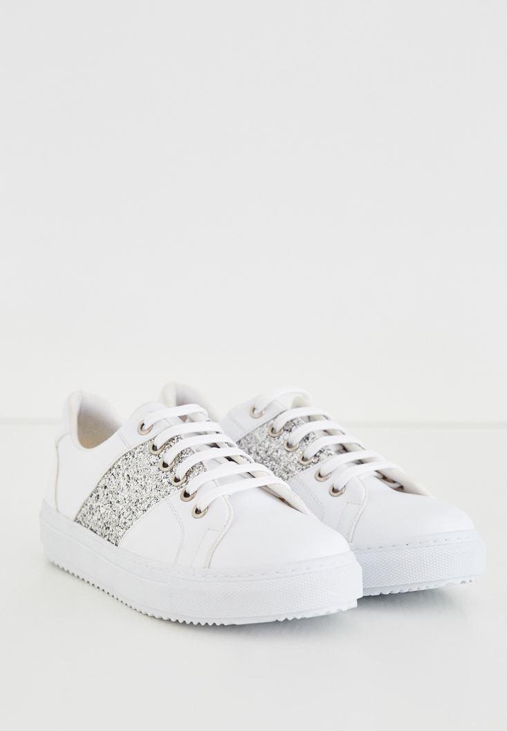 Beyaz Parlak Gümüş Detaylı Spor Ayakkabı