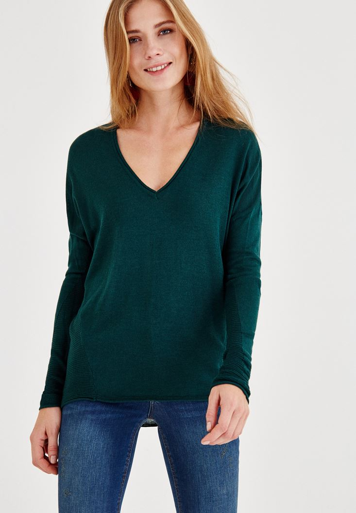 Green V Neck Knitwear with Detailed