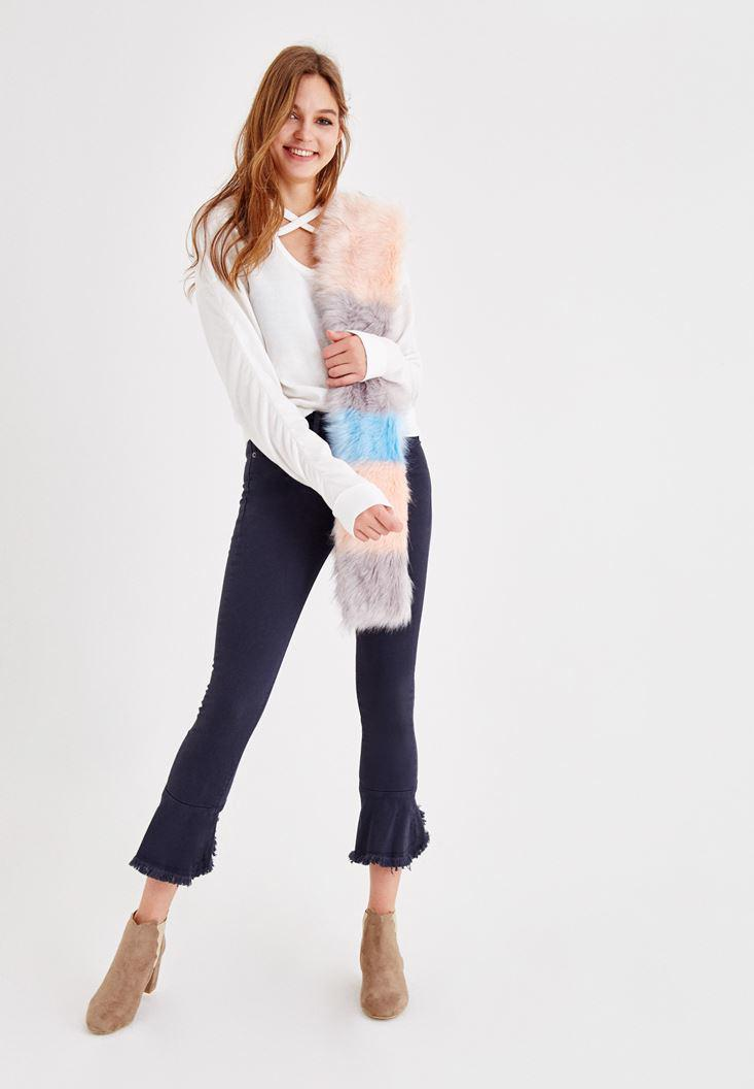 Bayan Lacivert Fırfır Paça Detaylı Pantolon