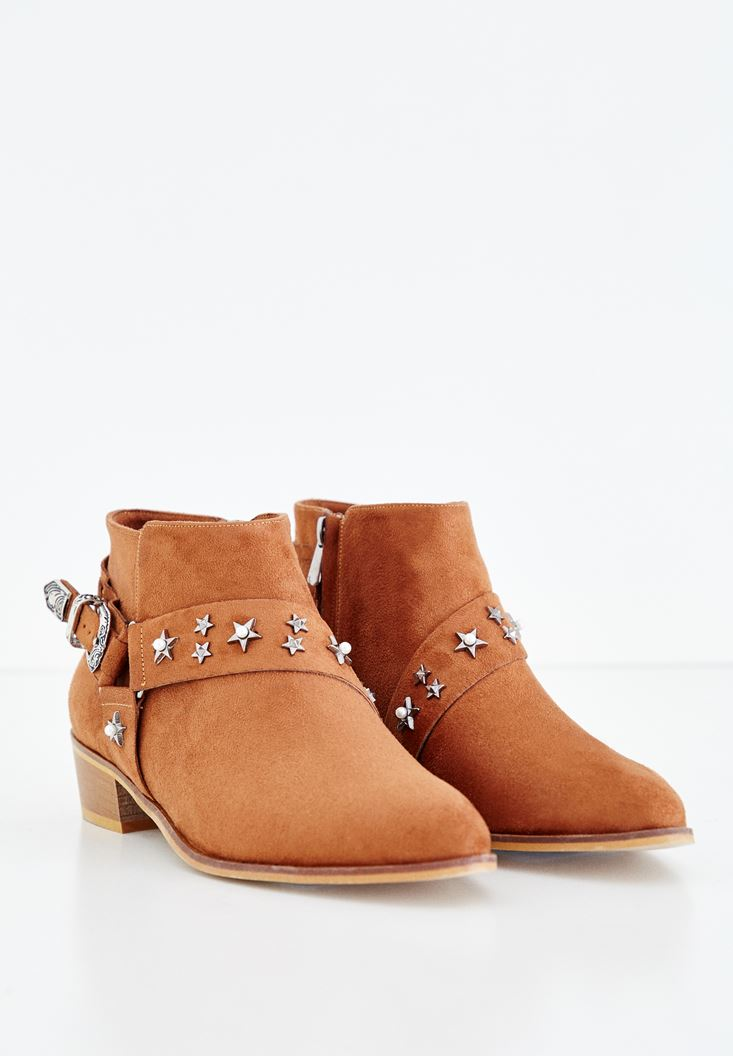 Brown Boot with Star Detail and Buckle