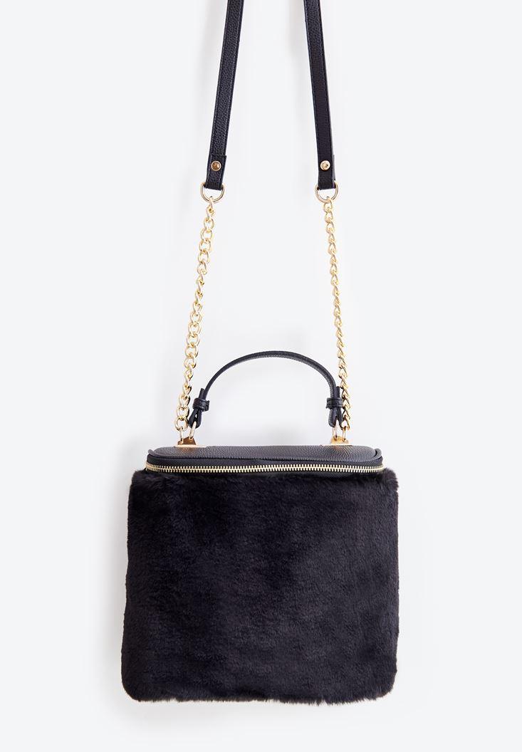 Siyah Kürk Detaylı Askılı Çanta