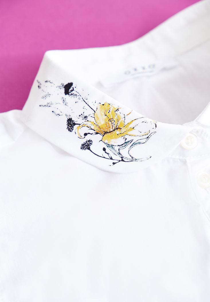 Bayan Beyaz Çiçek Desenli Gömlek Yaka